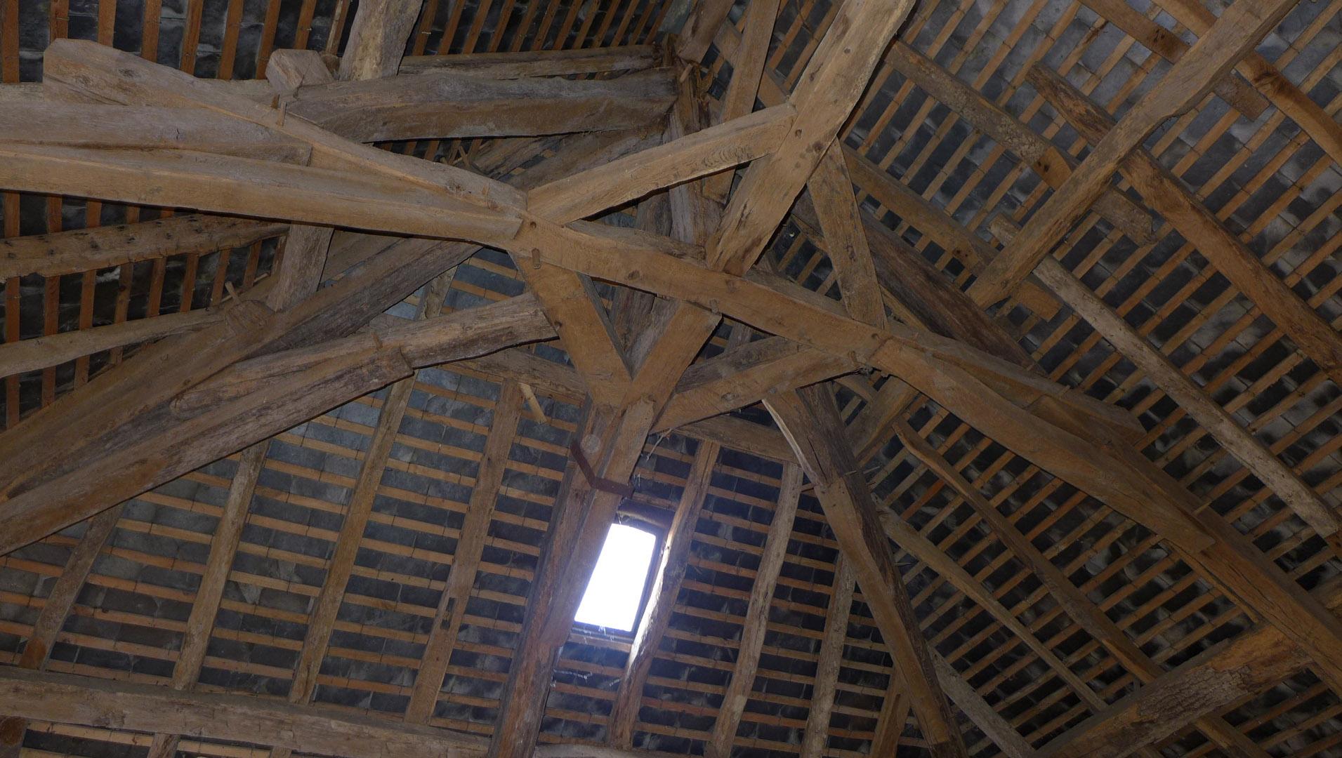 Avant : sous les toits